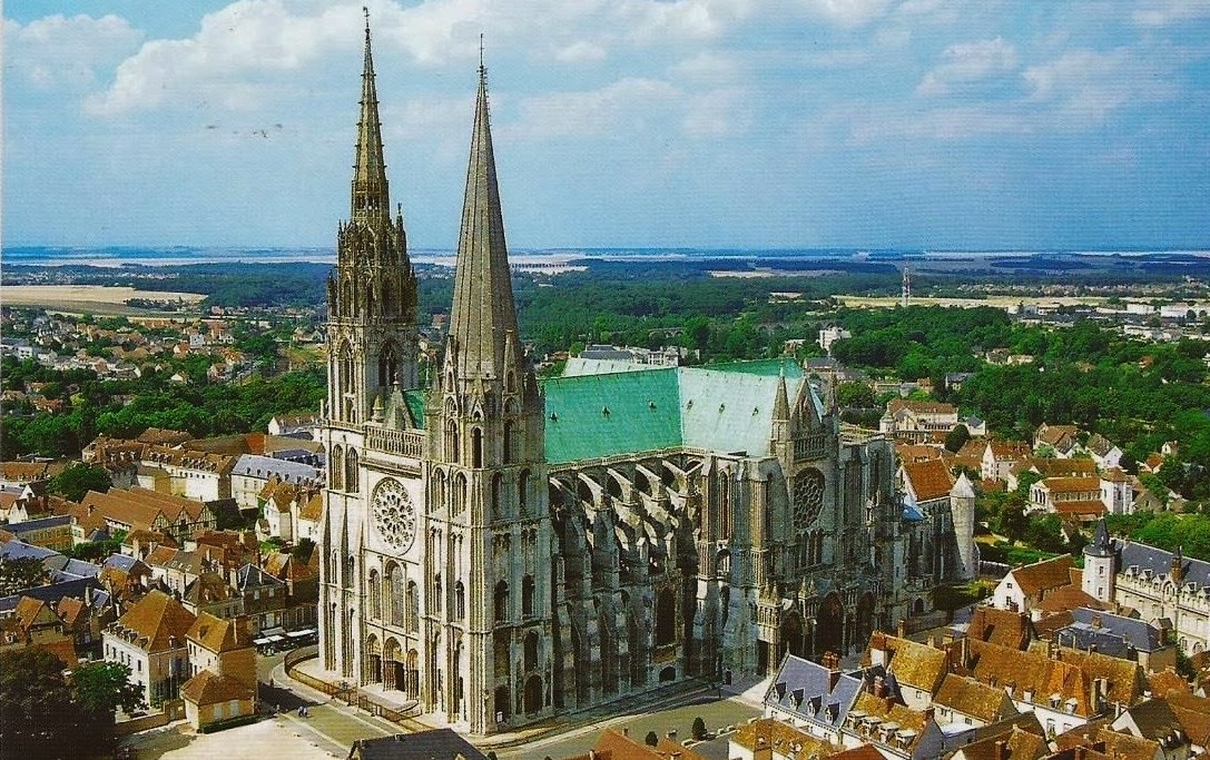 france_-_chartres_cathedral.jpg